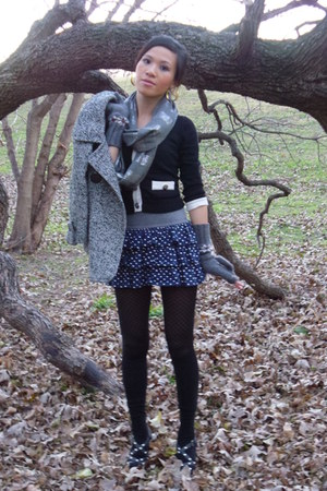 Express scarf - hollister skirt - Express tights - Guess heels - Forever 21 blaz