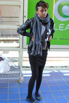 black Forever 21 jacket - gray Forever 21 scarf - gray Gap shirt - black Forever