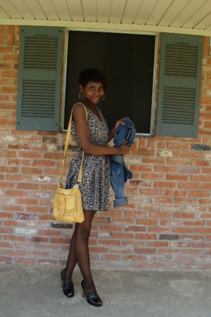 dress - Forever21 shorts - purse