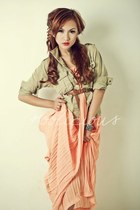 orange dress - beige accessories