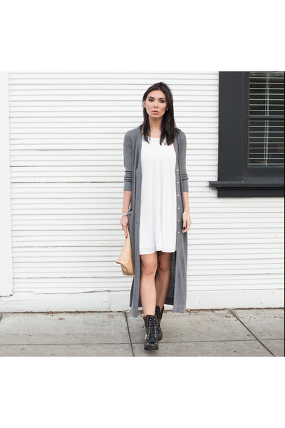 Kelly Bello necklace - quilted boots Ron White boots - vamastyle dress