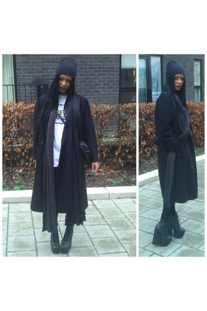 black Jeffery Campbell boots - black vintage coat - black American Apparel jeans