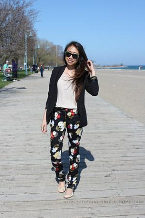 black H&M blazer - H&M pants - beige H&M sweatshirt - Aldo flats