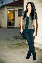 black H&M jeans - brown fauxfur wetseal vest - Wetseal boots - vintage purse