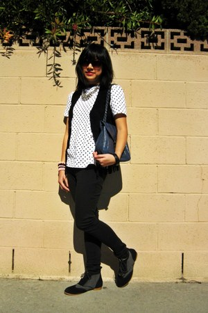 Urban Outfitters shoes - gifted purse - skinny Target pants - self-made t-shirt