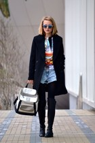 Clover Canyon shirt - Zara coat - Chanel bag - Levis shorts