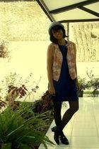blue hat - vest - blue dress - black stockings - black shoes
