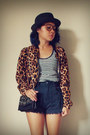 Black-fedora-unbranded-hat-tawny-leopard-print-unbranded-jacket