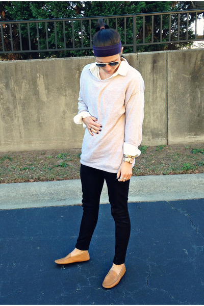 63f567fb3 beige H&M sweater - black H&M leggings - button down Urban Outfitters blouse