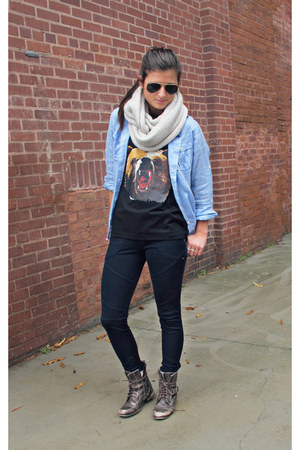 button down JACHS top - combat boots Aldo boots - navy free people leggings