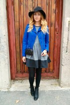 New Yorker jacket - Primark boots - asos dress - H&M hat - Oasapcom bag