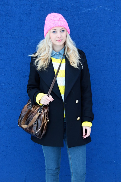 beanie H&M accessories - Zara coat - New Yorker sweater - denim Zara shirt