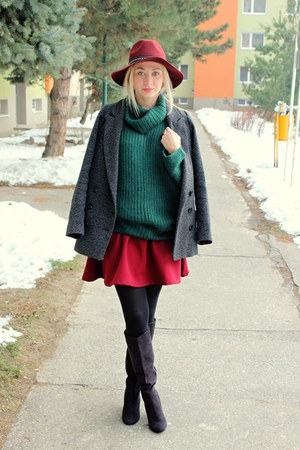 roll neck asos sweater - H&amp;M boots - H&amp;M hat - Stradivarius skirt
