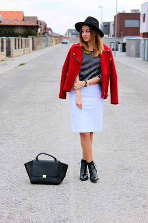 Stradivarius jacket - Oasapcom hat - Oasapcom bag - Zara skirt