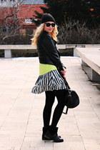 Neon &Stripes