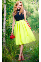 chartreuse Choies skirt - red LALO TREASURES necklace