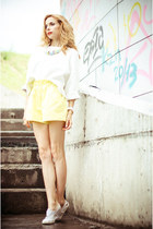 periwinkle JUKUKA necklace - yellow chicnova shorts - white Zara sweatshirt
