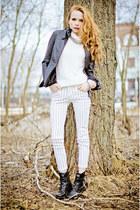 white Zara jeans - navy Marika jacket