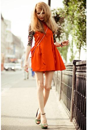 red Wholesale7 dress - white OASAP bag - gold oasa ring