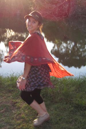 beige Wittner shoes - black floral Alive Girl dress - tawny Girl Express scarf