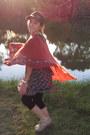 Beige-wittner-shoes-black-floral-alive-girl-dress-tawny-girl-express-scarf