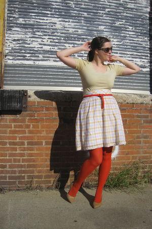 yellow H&M top - orange Gap belt - orange Target tights - beige Target shoes - y