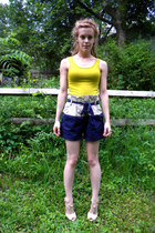 navy Urban Outfitters shorts - eggshell t-strap wooden Aldo heels - chartreuse T