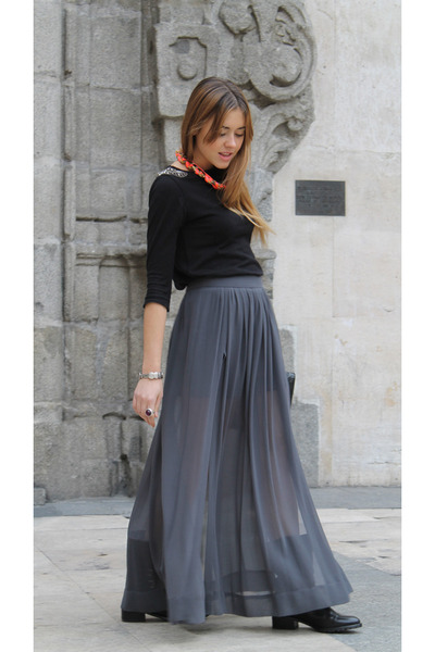 Zara skirt - Uterqe boots - In a cloud necklace - Zara top