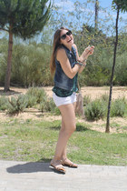 Zara top - hollister shorts