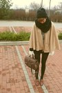 Beige-second-hand-coat-black-random-tights-brown-vintage-purse-brown-vinta