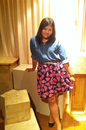 no brand skirt - Lee Jean shirt - no brand flats