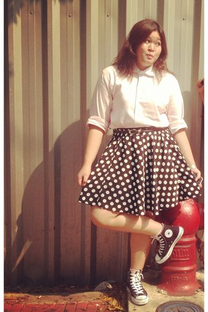 black siam skirt - light pink sfare shirt - black Converse sneakers