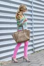 Chartreuse-cynthia-vincent-blouse-camel-celine-purse-black-prada-sunglasses