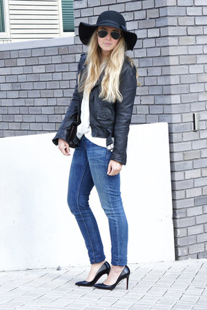 Levis jeans - Helene Berman hat - Zara jacket - Chanel purse