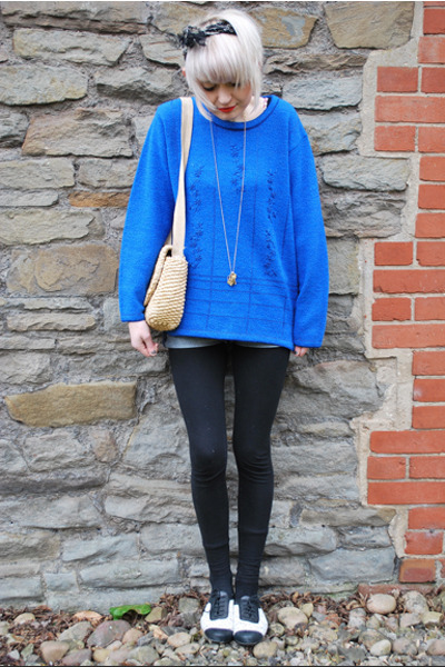 blue embroidered vintage jumper - black lace Topshop flats