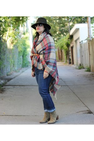 Zara scarf - suede madewell boots