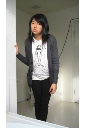 alternative apparel t-shirt - American Apparel sweater - Target jeans - forever