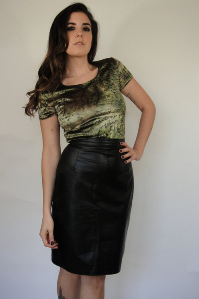 Black Vintage Leather Skirt | Chictopia