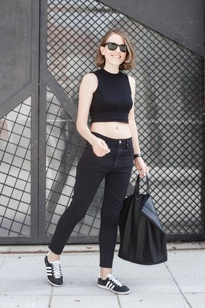 black Isabel Marant Etoile jeans - black Celine bag - black Ray Ban sunglasses
