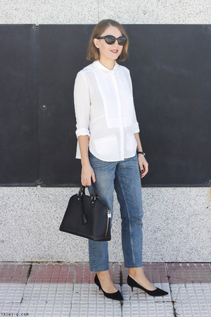 white The Kooples shirt - sky blue Claudie Pierlot jeans