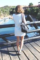 black longchamp bag - ivory Filippa K dress - black ray-ban sunglasses