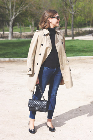 black Petit Bateau sweater - tan Burberry coat - navy The Kooples jeans