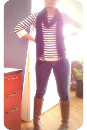 navy thrifted jeans - dark brown Ruff Hewn boots - navy striped Gap shirt