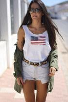 Ralph Lauren t-shirt - Zara shirt - Levis shorts - Persol sunglasses