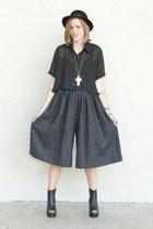 charcoal gray crop palazzo Trashy Vintage pants