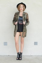 black peep toe wedge boots - black chain fedora Forever 21 hat - army green Tras