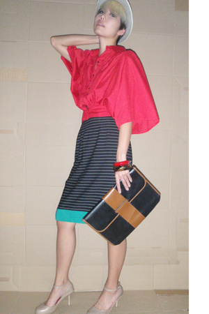 hat - blouse - vintage skirt - mellisa shoes - vintage purse