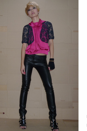 hnm intimate - blouse - Topshop pants - gloves - forever 21 shoes