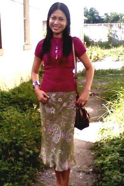 diy Janeka bracelet - diy Janeka necklace - long skirt Forever 21 skirt