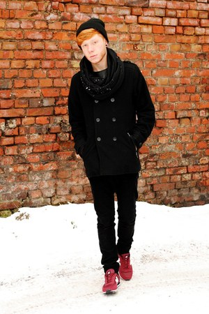 black H&M coat - black H&M hat - black wyglądasz jak chłopak scarf